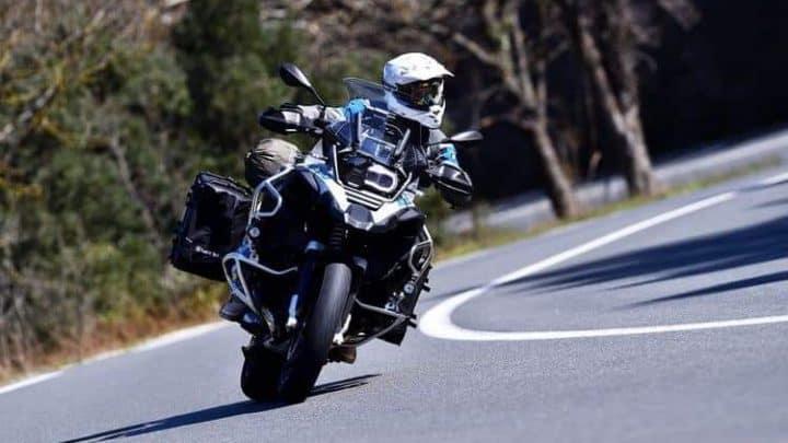 Szkolenia motocyklowe, czyli jak jeździć w świadomy sposób?